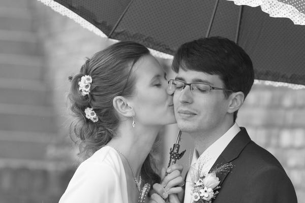 Svatební fotografie černobílá obyčejná