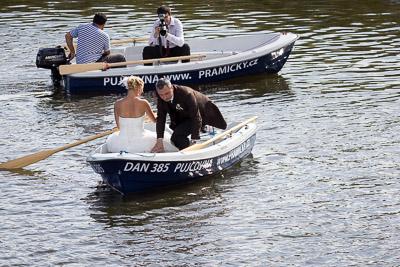 Svatební fotograf na lodi