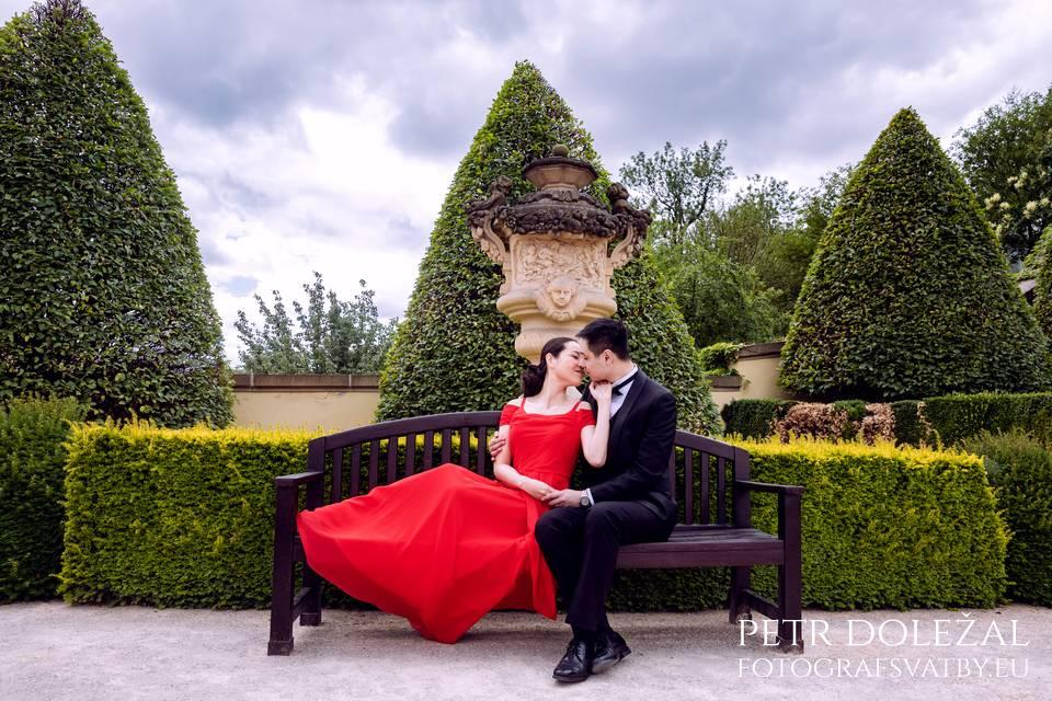 Vrtba Garden in Prague for your Pre Wedding Pictures