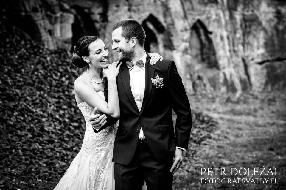 Černobílá fotka ze svatby
