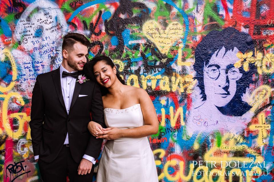 Lennon's Wall in Prague - Pre Wedding Photo