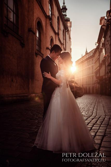 Prague historical Streets in Pre Wedding Photo