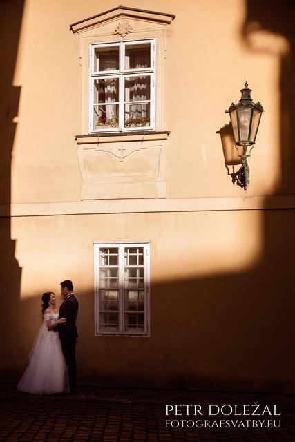 Prague historical Streets in Pre Wedding Photo