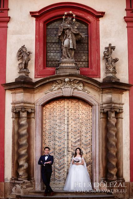 PreWedding Photoshoot in Prague Castle