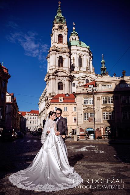 Pre Wedding Photo in front of St. Nicholas Church in Prague Lesser Town