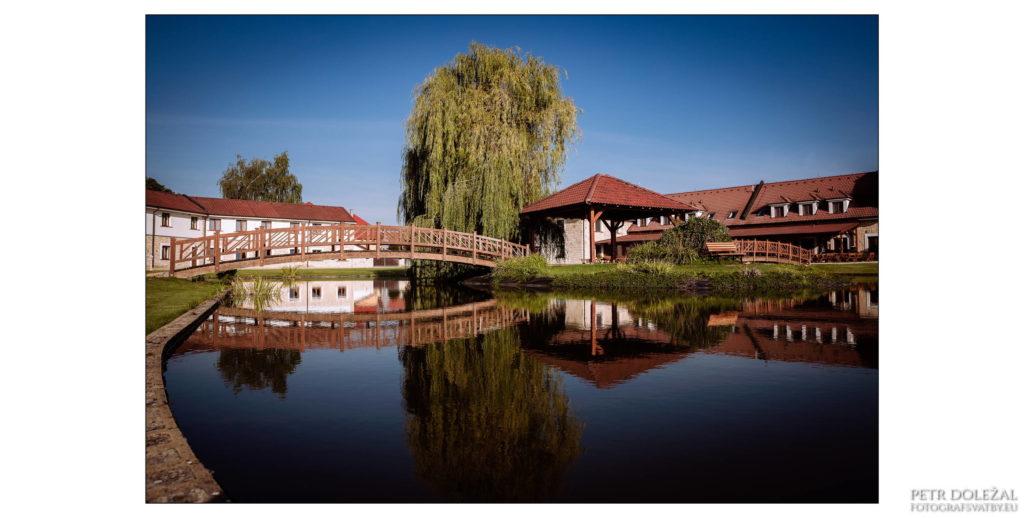 hotel-LIONS-1024x518.jpg