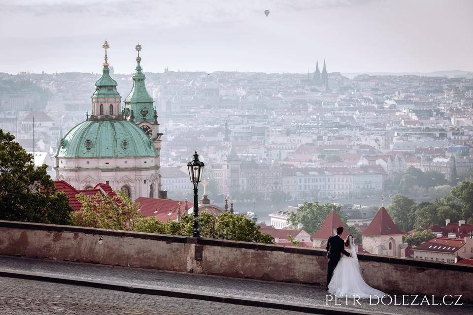 Svatební foto Praha - panoráma pražských střech, Praha stověžatá