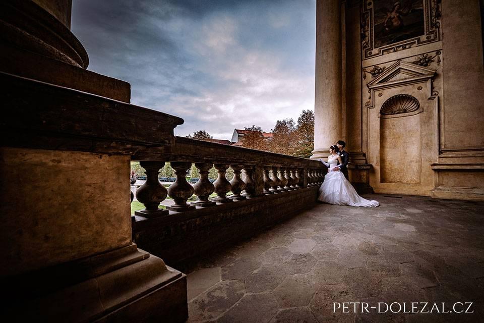 Svatební fotografie Praha - Valdštejnská zahrada