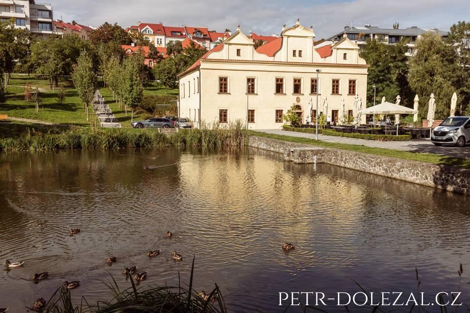 Areál restaurace Vily Kajetánka