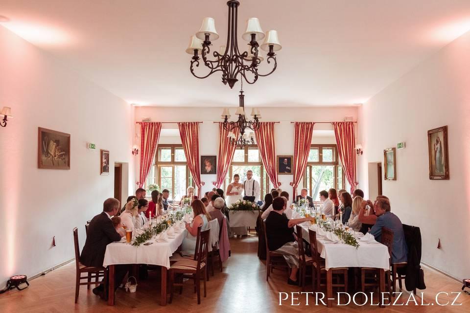 Svatební hostina ve Vile Kajetánka