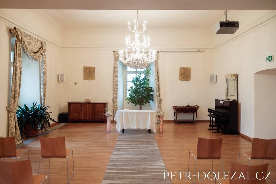 Obřadní síň pro svatby - Chvalský zámek