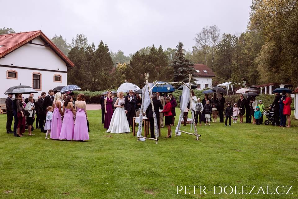 Svatební obřad v resortu Green Valley Chotýšany