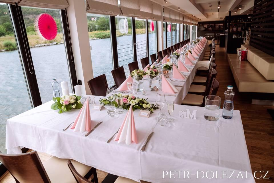 Svatební hostina v Rosmarině